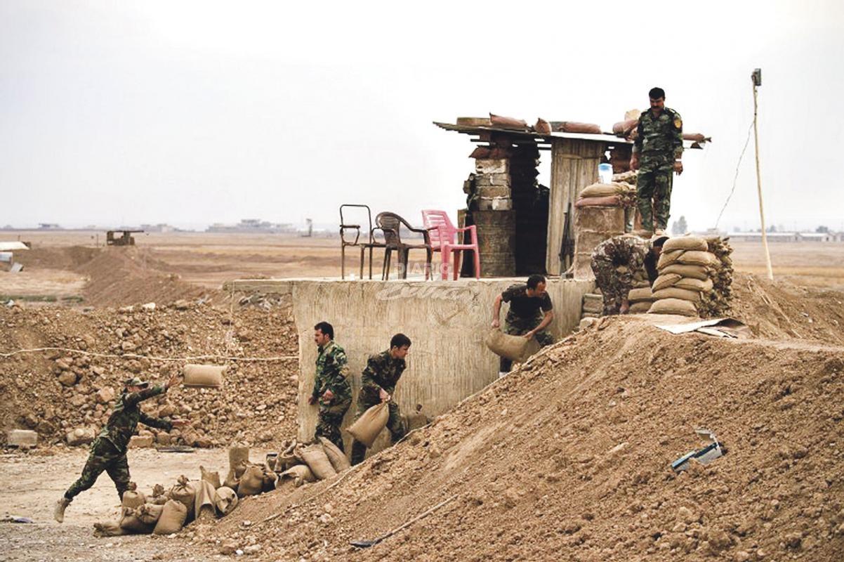 Descubren fosa con 100 cuerpos decapitados en Mosul