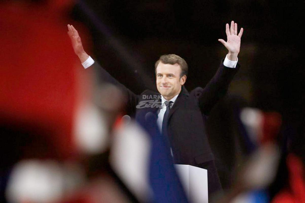 Macron homenajeó a víctimas de la II Guerra Mundial junto a Hollande