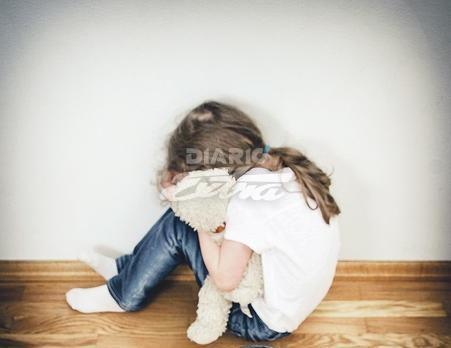Abusan de ella e intentan matarla, pero sobrevive; tiene 4 años