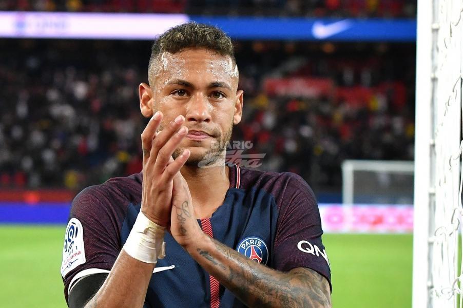 Neymar contrademanda al Barcelona