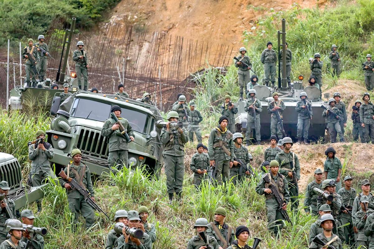 Presidente Maduro afina detalles para Ejercicio Cívico Militar Soberanía Bolivariana 2017