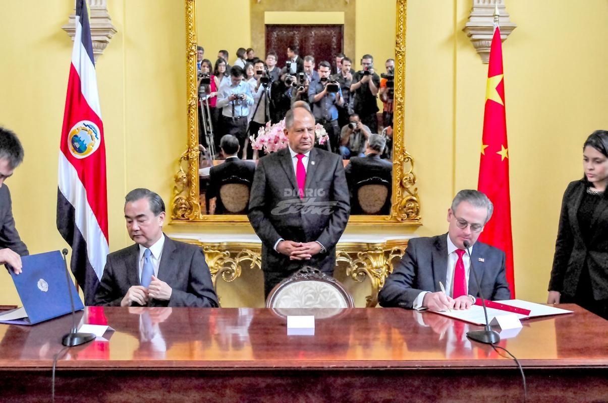El canciller de China llega a Costa Rica en visita de cortesía