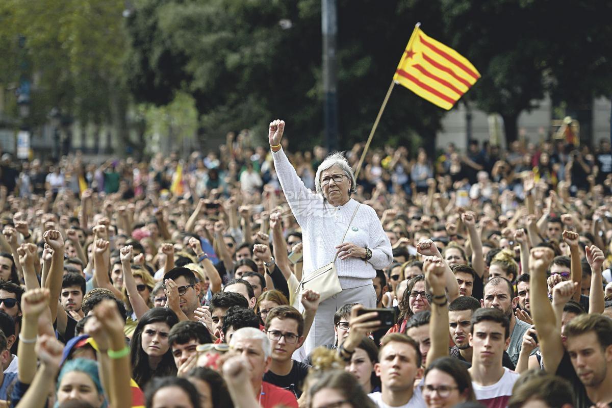 Seguimiento masivo de la huelga general del 3-O en Cataluña