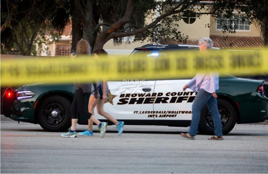 Papa condena la violencia sin sentido tras la matanza en Florida