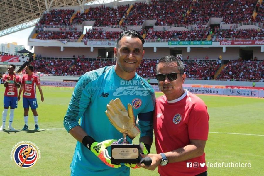 Keylor Navas salió ovacionado en la despedida de Costa Rica