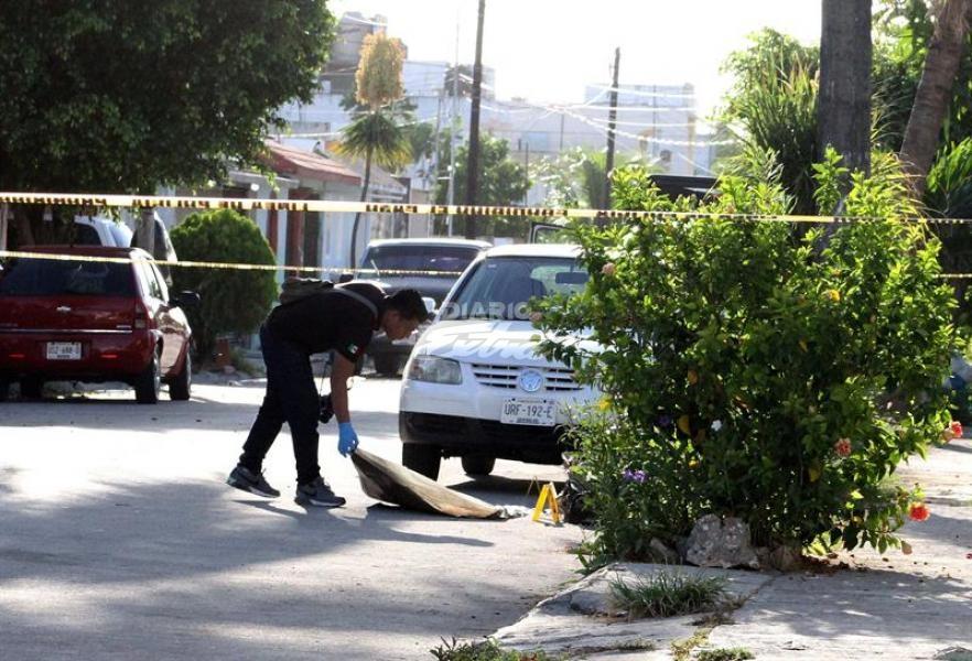 Fuerte balacera en Cancún deja cinco muertos y varios heridos
