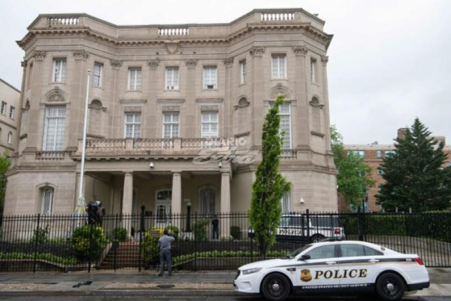 Detenido un hombre por disparar contra la Embajada de Cuba en Washington
