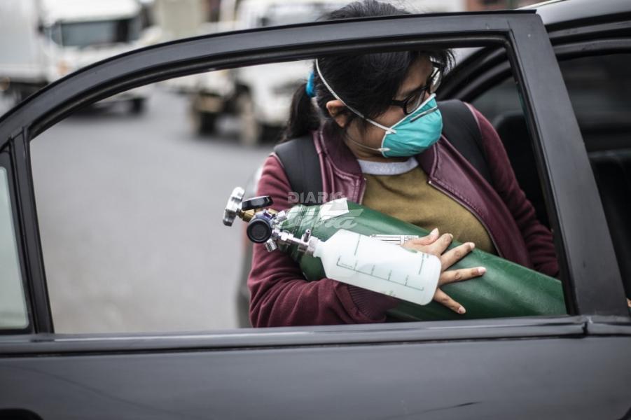 Minsa comprará oxígeno a países vecinos ante escasez nacional — Coronavirus en Perú